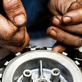 Mécanique marine. entretien, réparation, dépannage, maintenance, hivernage moteurs hors-bord et Inboard