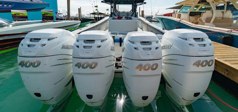 Mercury® moteur VERADO 6 cylindres 400 ch : un nouveau venu parmi les très grosses puissances  Hors-bord