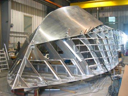réparation coque bateau - chantier naval