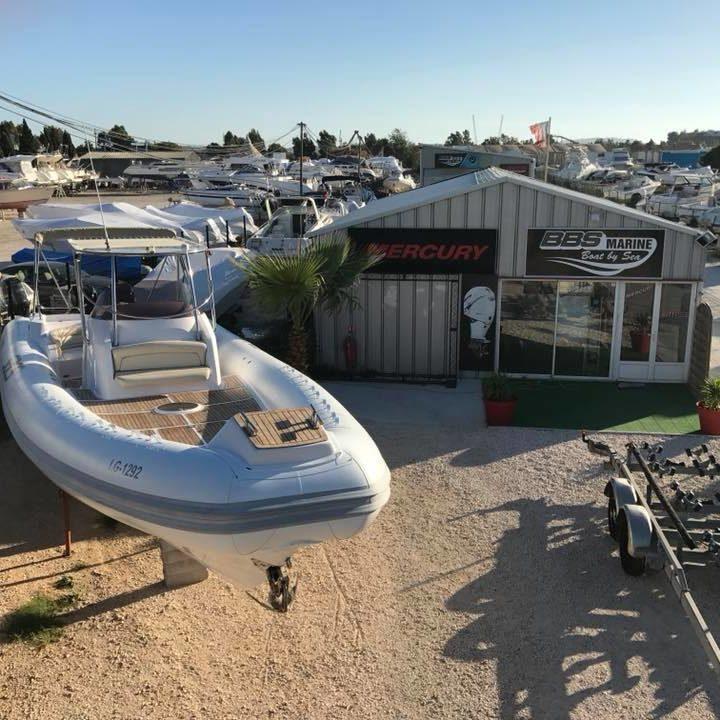 Entretien, réparation, vente de bateau et moteurs marins