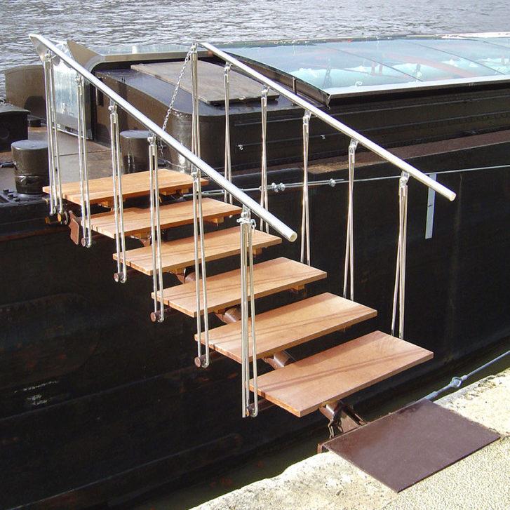 Fabrication et installation passerelle pour bateau