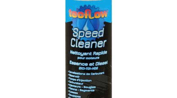 Produit nettoyant pour moteur