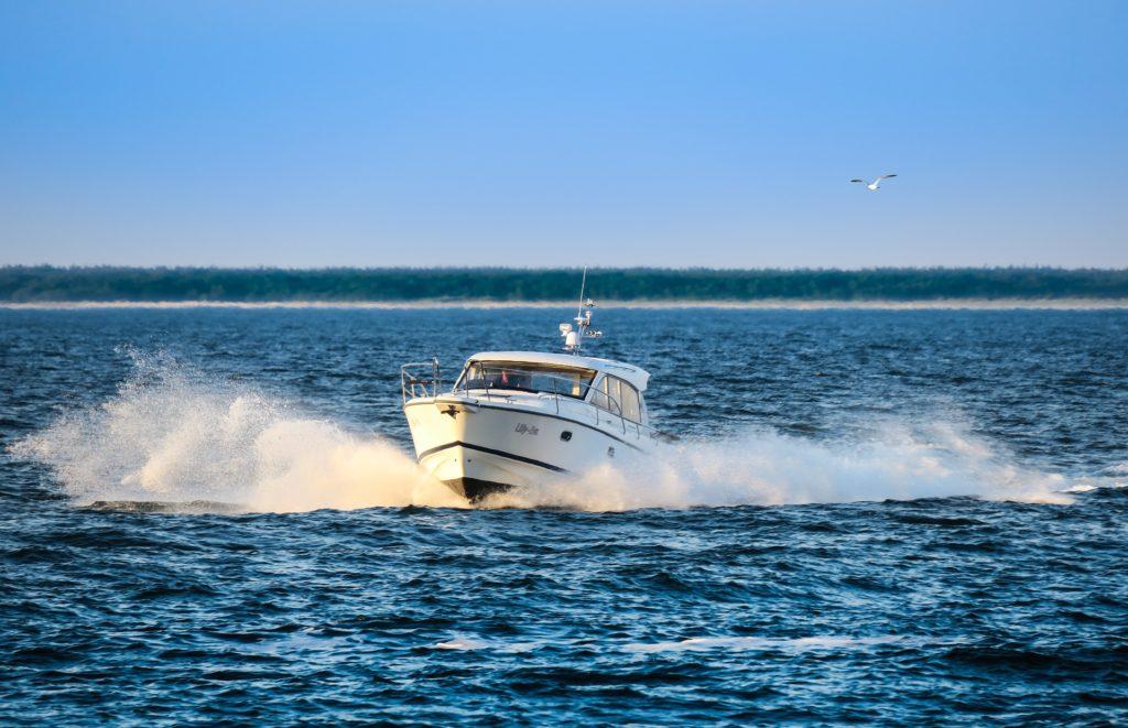 Accès à l'eau pour les professionnels du nautisme